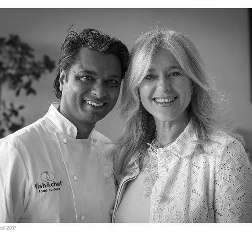 Vinod Sookar con Lara Udovini, direttore dell'Aqualux di Bardolino