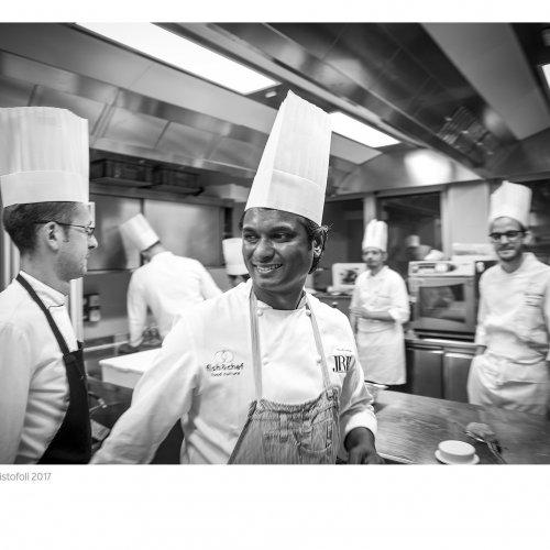 Vinod Sookar nelle cucine dell'Aqualux di Bardolino