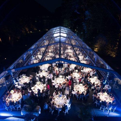 La serata di gala a Villa Erba